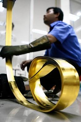 Producing gold bars (WSJ)